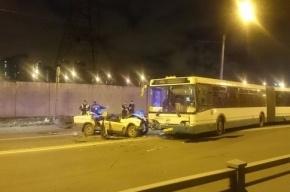На Кубинской улице при столкновении «Лады» и автобуса погиб человек
