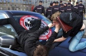 Почему полиция не вступается за «Стопхам»