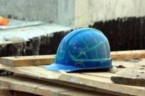 Приезжий из Киргизии упал с высоты при отделке дома