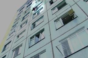 25-летняя жительница Ленобласти погибла, выпав с четвертого этажа