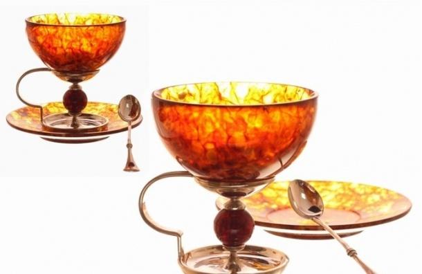 ЗакС отказался от закупки сувенирной посуды из янтаря