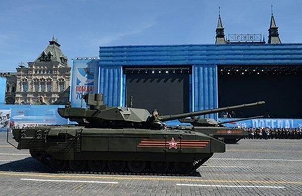 Новый танк «Армата» заглох возле Мавзолея