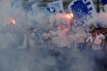 шествие фанатов Зенита: Фоторепортаж