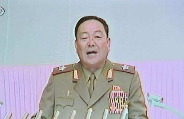 СМИ: Министр обороны КНДР расстрелян за сон на совещании