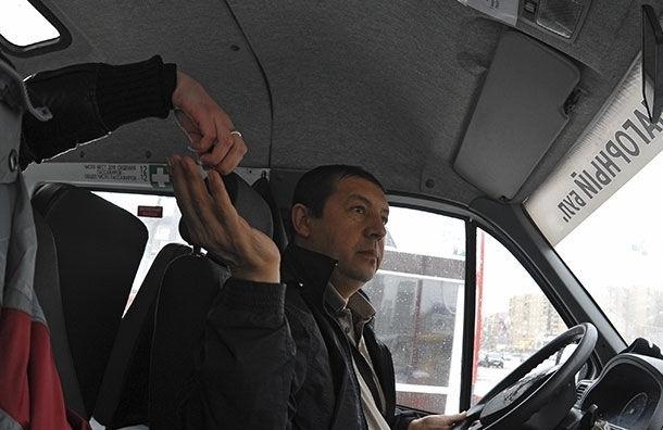 В июне стоимость проезда в маршрутках Петербурга может повыситься до 40 рублей