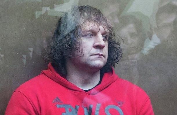 Боец Александр Емельяненко осужден на 4,5 года за изнасилование