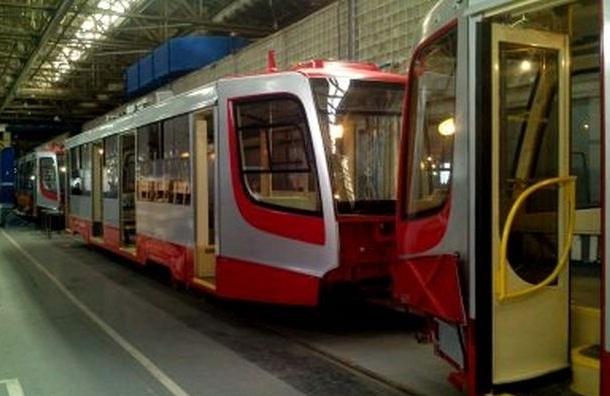 По Васильевскому острову будет ездить трамвай-челнок