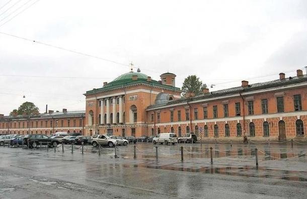 В КГИОП одобрили идею о бассейне со спа-комплексом в Конюшенном ведомстве