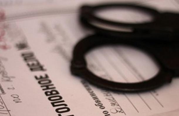 Петербуржец, взявший в заложники собственную дочь, был судим ранее за наркотики