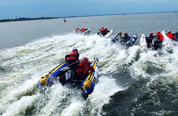 Гонки на катамаранах, флайбординг, SUP-серфинг и SUP-поло покажут петербуржцам на водном фестивале