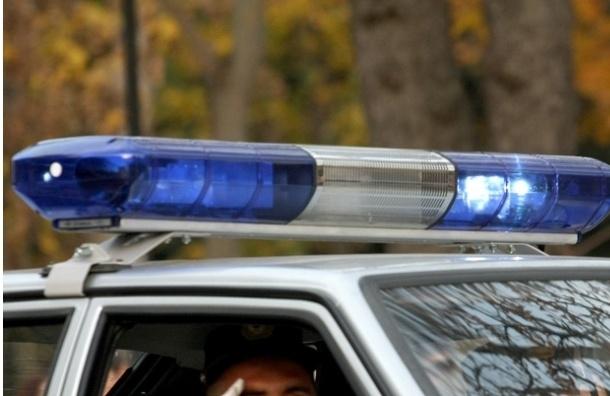 В Ломоносове во дворе автомобиль сбил ребенка, водитель скрылся