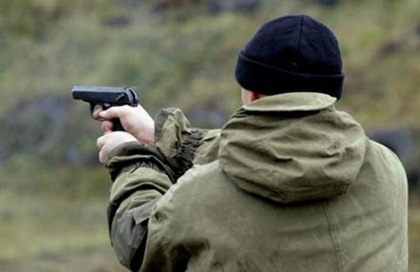 В Адмиралтейском районе пенсионер выстрелил в рот прохожему