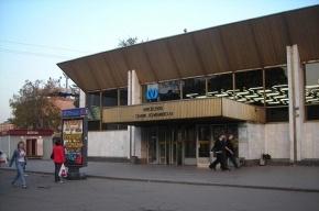На станции метро «Политехническая» умер пожилой мужичина