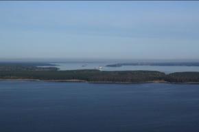 Третий день в акватории Финского залива ищут рыбаков