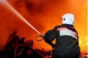 Из-за пожара на Белорусской улице эвакуировали 15 человек
