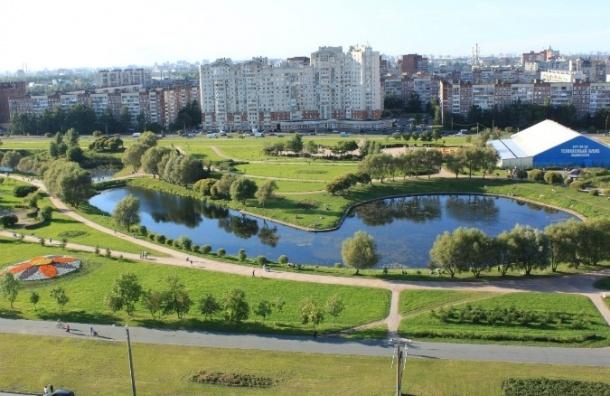 В парке Малиновка протянут строительную ленту