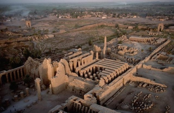 В Египте смертник подорвался перед Карнакским храмом