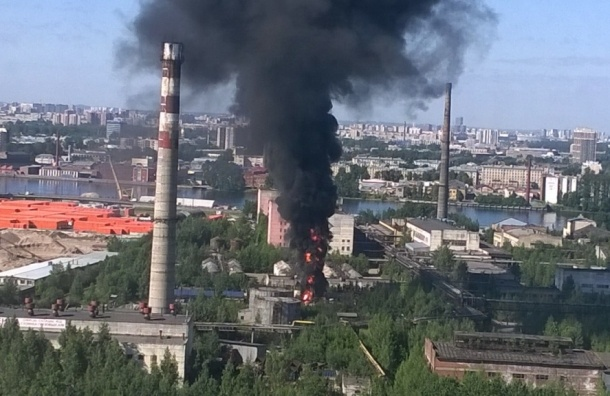 Очевидцы: На территории завода «Пигмент» взорвалась ЖД цистерна