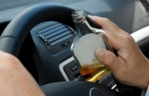 С 1 июля в России езда в пьяном виде может обернуться уголовным наказанием
