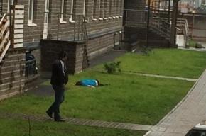 На Парнасе местный житель, пытаясь спуститься по простыням, упал с девятого этажа