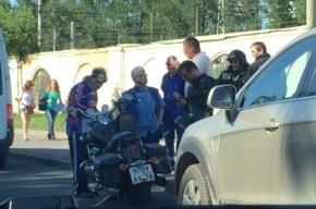 В Петербурге в ДТП попал 77-летний мотоциклист