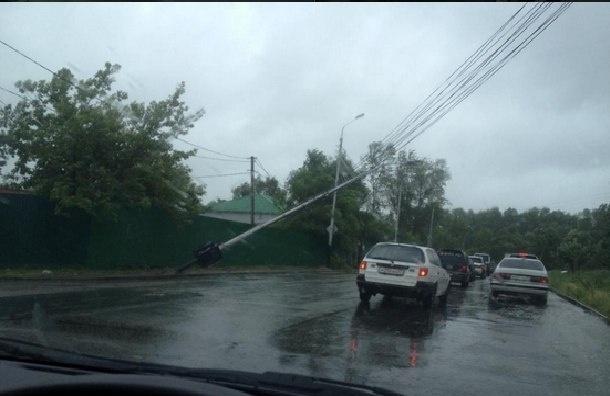 Тайфун в Хабаровске сегодня: сильные дожди и штормовой ветер обрушились на край