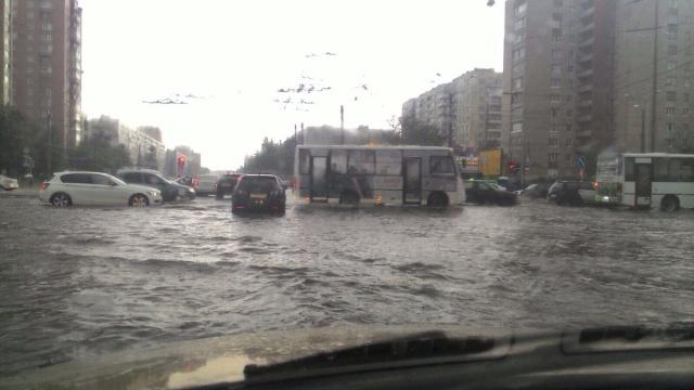 Петербург плывет, 17.07 фото: МР, соц.сети: Фото
