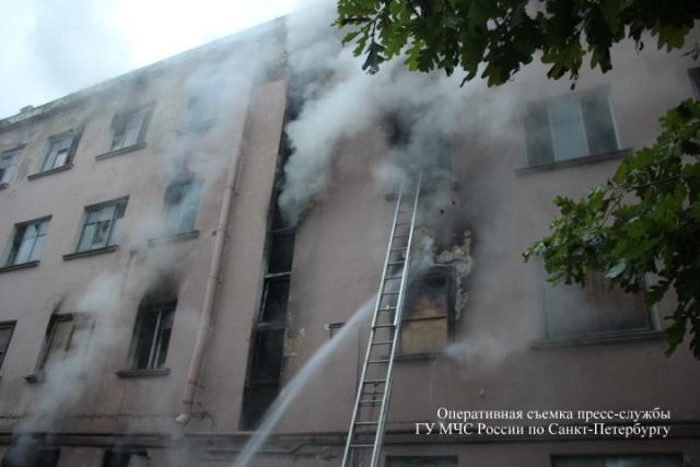 Пожар в Московском районе, 8.07.15: Фото