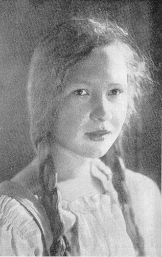 Ольга Берггольц в 1925 году