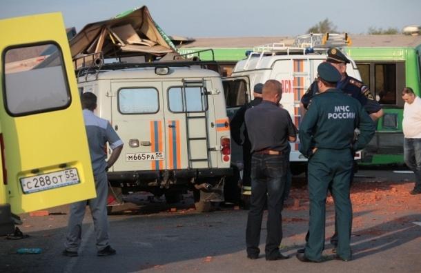 Пятница объявлена днем траура по погибшем в аварии на трассе М-54