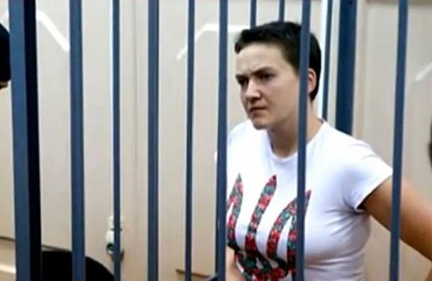 Надежду Савченко привезли в Донецкий суд