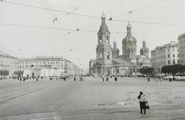 На Сенной площади вместо Спаса может появиться 70-метровая колокольня