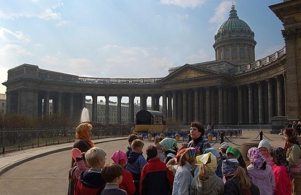 В Петербурге резко вырос туристический поток