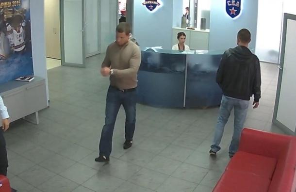 СКА выложил в Сеть видео визита экс-врача Козлова в офис клуба