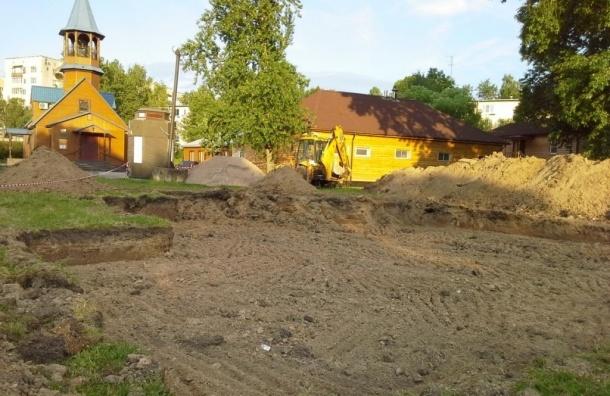 В Ульянке без разрешения хотят построить воскресную школу