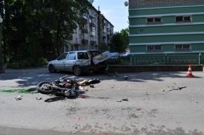 Очевидцы: В Шлиссельбурге произошла авария с участием мотоциклиста