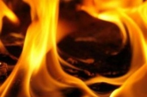 В пожаре на Пулковском шоссе спасли мужчину