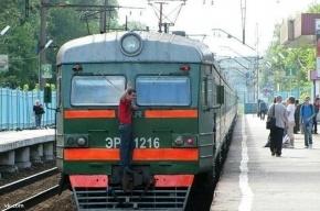 В Зеленогорске с электрички сняли 15-летнего зацепера