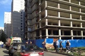 В Петербурге подросток погиб, упав с заброшенной строительной площадки