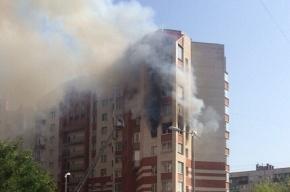 Из-за пожара на проспекте Просвещения эвакуировали 8 человек