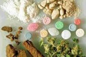 В Купчино у наркодилера из квартиры изъяли пять видов наркотиков