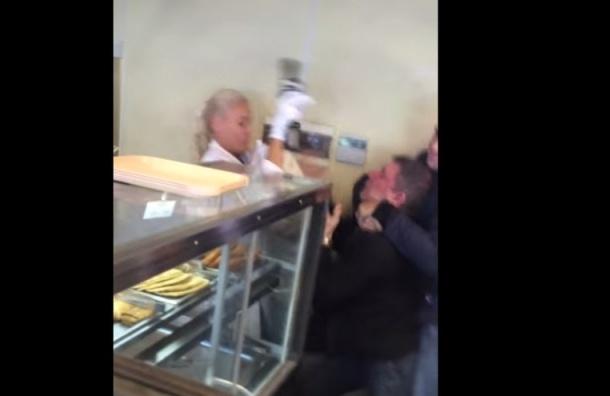 Ведущую «Ревизорро» Лену Летучую избили из-за просроченных вареников
