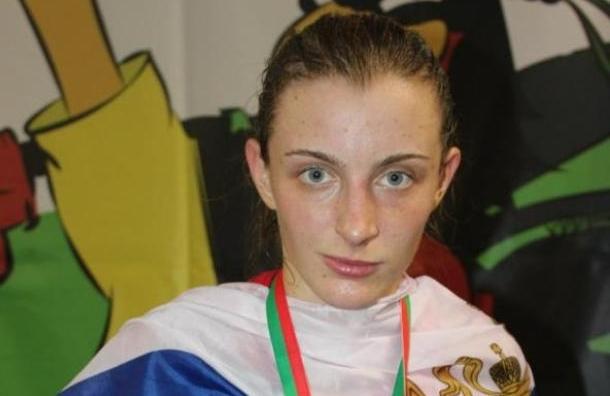 Чемпионка мира по тайскому боксу расстреляла автоледи