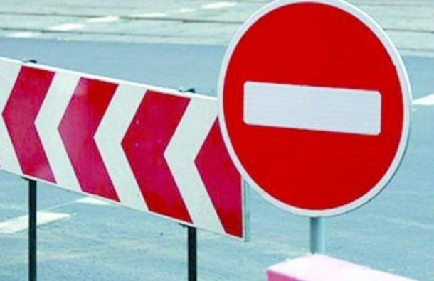 Ремонт на Благовещенском мосту привел к дорожному коллапсу