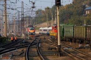 Под Петербургом электричка сошла с рельсов
