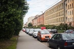 Названы пять различий московского и петербургского рынков жилья