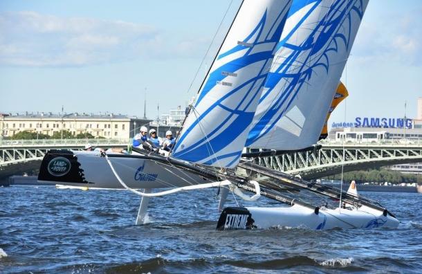 Российская команда уверенно стартовала в шестом этапе Extreme Sailing Series