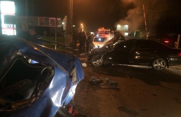 Очевидцы: В ДТП на ЖД переезде во Всеволожске погиб человек