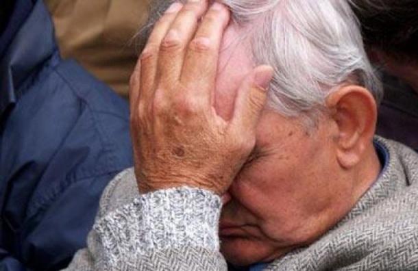 После ДТП на КАД водитель иномарки жестоко избил пенсионера