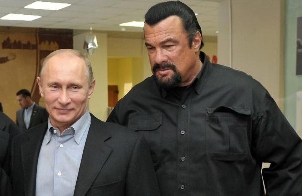 Путин отказался выходить на ринг против Стивена Сигала